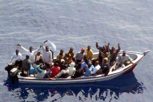 Egiziani sbarcano sulla costa jonica, tre fermi