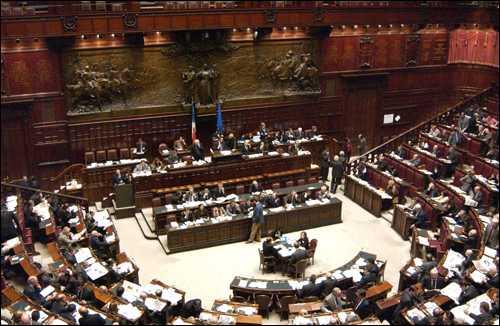 Libia: passa per 7 voti la mozione di maggioranza