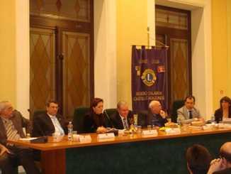 """Premio """"Mons. Aurelio Sorrentino"""" prima edizione 2011 -""""Per ricordare il pastore nel segno dell'amore e del servizio per il prossimo"""""""
