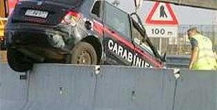carabinieri_si_ribaltano