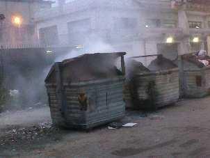 Incendi cassonetti, oltre 10 in pochi mesi Il comune di Rossano sporge denuncia ai carabinieri. Per il sindaco riscontrato il danno economico al decoro urbano
