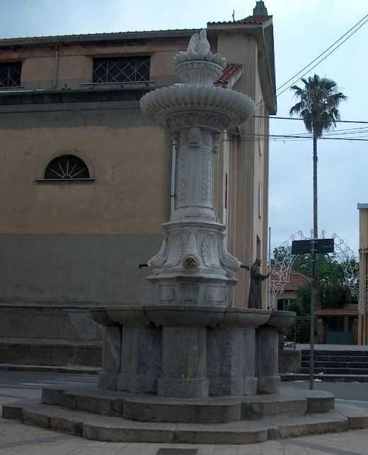 Fontana muta di Jatrinoli