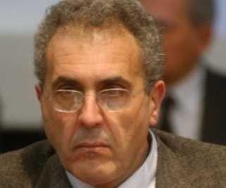 Nicola Adamo condannato a restituire alla Regione Calabria 235 mila euro