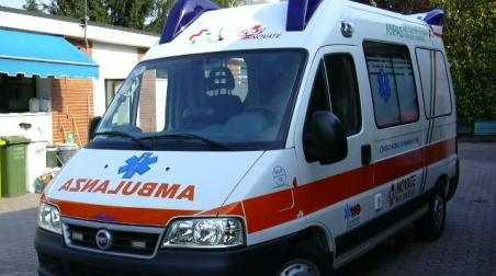 Incidente stradale a Bologna, muore medico calabrese La donna è stata investita da un'automobile