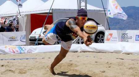 Amantea abbraccia Paolo Nicolai Comincia alla grande l'Amantea Beach Week
