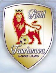 Real Taurianova, la società dà il benvenuto ai primi due acquisti Il messaggio per presentare i due nuovi giocatori: Giuseppe Pillari e Riccardo Romeo