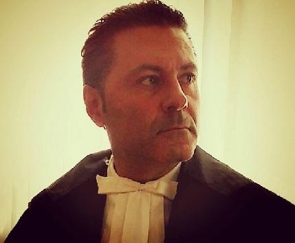 Corrotti Riflessioni sarcastiche del giurista Giovanni Cardona sulla corruzione