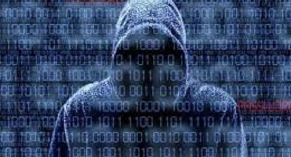 La Polizia sgomina un'organizzazione di hacker Prese di mira anche il sito della Regione Calabria