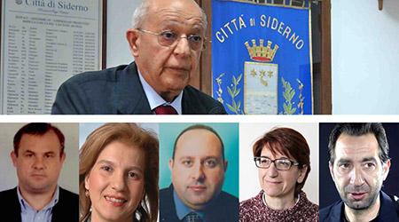 """""""Adesso noi sindaci ci dobbiamo dimettere tutti"""" Zavettieri parla dopo lo scioglimento per 'ndrangheta della città di Siderno"""