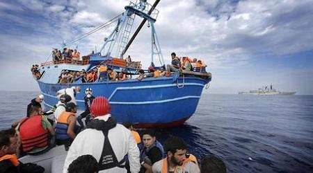 Migranti: bimba diabetica muore sul barcone Zainetto con insulina gettato in mare dai trafficanti. Cadavere abbandonato in mare dal padre