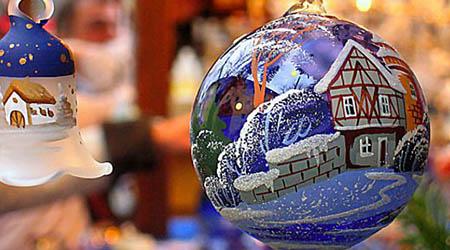 Cinquefrondi, presentato il cartellone natalizio Gli eventi cominceranno domani, con il Mercatino dell'Immacolata