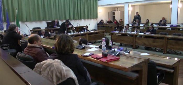 Statuto comunale Taurianova, modifiche approvate in seconda lettura Consiglio comunale movimentato. Lasciano l'aula la Nicolosi, gli Innamorati, Lazzaro e Morabito - SEGUI LA DIRETTA TESTUALE SU APPRODONEWS