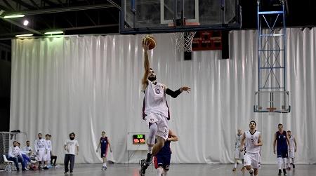 Basket, Vis vittoriosa al fotofinish su Rende Reggini avanti 1-0 nella serie