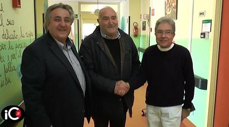 """Donati due lettini a reparto oncologia ospedale Rossano La donazione rientra nel grande progetto """"Non sentirti mai solo - Alleviamo le sofferenze dei pazienti Oncologici"""""""