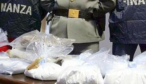 porto gioia tauro nuovo sequestro di cocaina della guardia di finanza approdonews