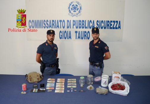 Sull'autobus con la droga, 2 arresti a Gioia Tauro