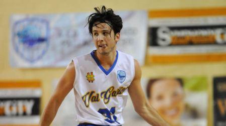 Basket, Vis scatenata: arriva anche Brandon Viglianisi Il talento cristallino scuola Viola andrà a rinforzare la squadra reggina