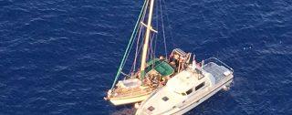 Intercettato veliero con 53 migranti, arrestati 3 scafisti