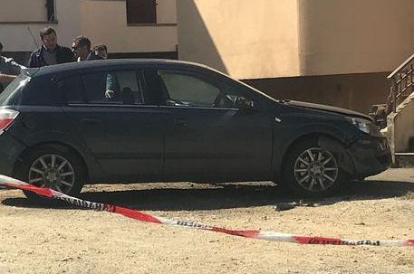 Bomba sotto l'auto, ferito un giovane di 28 anni E' successo a Sorianello. Ancora da accertare il metodo di innesco