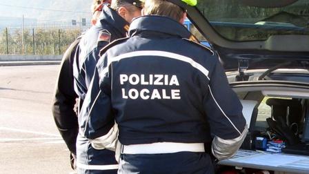 Trattore si ribalta a Sembiase, ferito 23enne polacco Il nucleo infortunistica sta ponendo in essere ulteriori ed approfonditi accertamenti anche sul teatro del sinistro