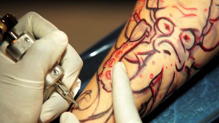 Ministero Salute richiama lotti di pigmento per tatuaggi Verifiche per eliminare ogni dubbio su potenziali rischi per la salute