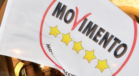 M5s: Callipo non è credibile per tagliare i privilegi della politica calabrese
