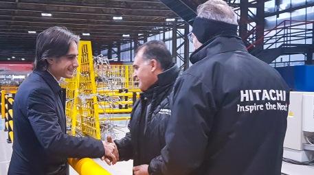 """Il sindaco Falcomatà allo stabilimento Hitachi """"Orgoglio reggino, bene nuova commessa da 50 milioni per la metro di Copenaghen"""". Il commento della politica"""