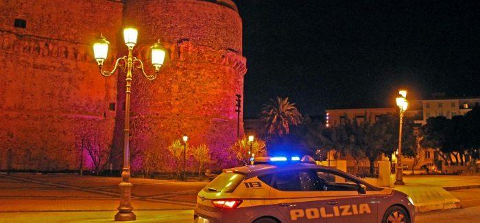Polizia di Stato: arrestati dalle volanti due uomini Si erano introdotti all'interno del Castello Aragonese