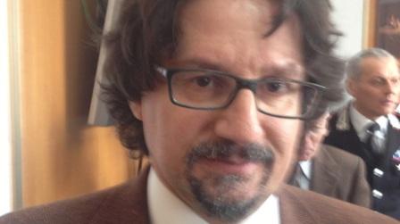 Arrestato l'uomo che ha dato fuoco alla moglie In manette Ciro Russo. Nuovo successo investigativo del procuratore Bombardieri e del Questore Grassi