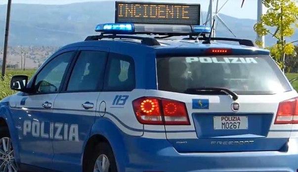 Tragedia sulla strada statale 18: giovane travolto e ucciso da un furgone