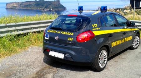 Evasione canoni demaniali per oltre 2 milioni di euro Operazione della Guardia di Finanza nei confronti di 52 attività imprenditoriali