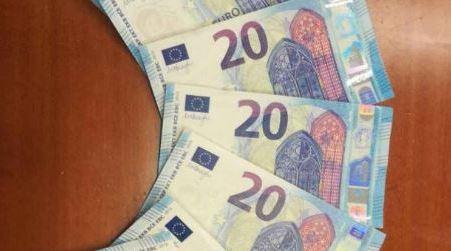 In macchina con banconote false, denunciata coppia Fermati dai Carabinieri