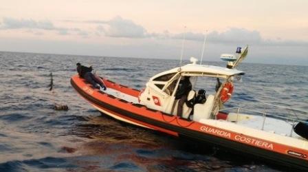 Guardia Costiera soccorre cinque bagnanti in difficoltà Il personale del 118, dopo le prime cure, ne constatava le buone condizioni di salute
