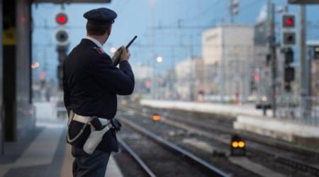 Cadavere rinvenuto nella stazione ferroviaria di Paola La scoperta è stata fatta dal personale delle pulizie. Sulle cause del decesso indaga la Polizia Ferroviaria