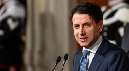 """Inizia la """"Fase 2"""" con lo slogan: """"Se ami l'Italia mantieni le distanze"""" Il premier Giuseppe Conte illustra il nuovo Decreto che entrerà in vigore dal 4 al 18 maggio. Gli spostamenti nei fatti restano così come sono, poche le varianti"""