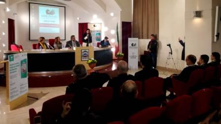 """Incontro formativo sul bullismo a Lamezia Terme Organizzato da """"Universo Minori"""" e """"Unipegaso"""""""