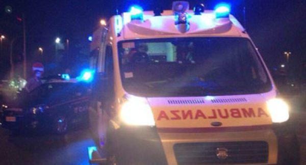 Grave incidente stradale sulla A2, si ribalta automobile Impatto nei pressi dell'uscita di Palmi