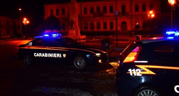 Controlli Carabinieri Taurianova: denunciate sei persone I reati contestati sono porto abusivo di arma da sparo in luogo pubblico, porto abusivo di armi bianche e guida in stato di ebbrezza