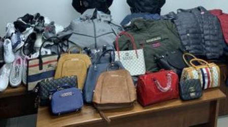 """Guardia Finanza sequestra seicento prodotti contraffatti I """"baschi verdi"""" hanno denunciato sei persone"""