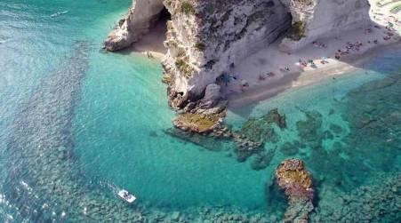 Matrimonio Spiaggia Tropea : Matrimonio in spiaggia o in barca oggi si può sea sports