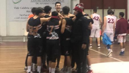 La Scuola di basket Viola vince il derby La sfida contro la Vis Reggio termina 66 a 78