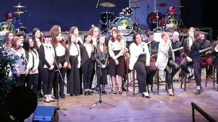 """Polistena, """"cameo"""" studenti """"Rechichi"""" al San Giorgio d'oro Sul palco del """"Cilea"""" per il noto premio annuale del Comune di Reggio Calabria"""