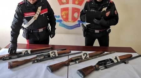 Detenzione illegale armi e ricettazione, arresto nel Reggino I Carabinieri hanno scoperto quattro fucili occultati in un sacco di nero di plastica