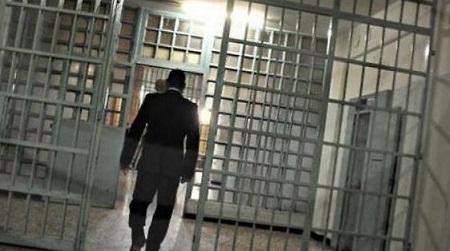 Detenuto aggredisce agente e gli spegne sigaretta sul viso Ennesima denuncia del sindacato di Polizia Penitenziaria