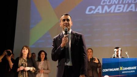 """""""Sanità Calabria per 30 anni è stata bancomat politica"""" Lo ha detto il vicepremier e ministro del Lavoro Luigi Di Maio intervenendo in una manifestazione pubblica a Cosenza"""