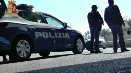 Minaccia conducente e passeggeri bus, arresto 38enne L'uomo è stato fermato dalla Polizia di Stato