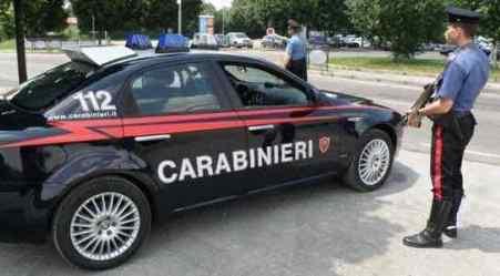Non si ferma ad alt, tenta di investire Carabiniere: arrestato Il 25enne è stato subito identificato e rintracciato dagli uomini dell'Arma
