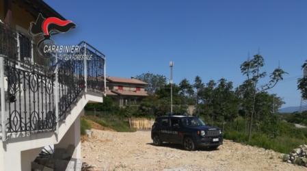 Smaltimento illecito rifiuti speciali, una denuncia Le aree controllate dai Carabinieri sono state sequestrate