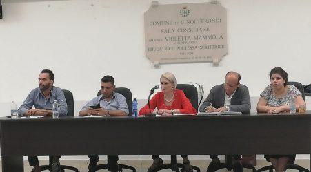 Cinquefrondi, il sindaco Michele Conia si prepara al rush finale Confermati gli assessori e redistribuite le deleghe. Tutta la maggioranza chiamata a tirare la volata di fine consiliatura