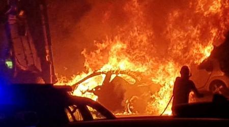 Calabria, in fiamme l'auto di un ex dirigente comunale Indagini da parte dei Carabinieri sull'accaduto